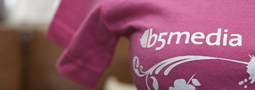 Pink t-shirt closeup