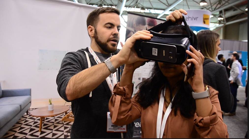 Trying VR at DX3 2017 conference